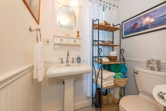 Lanikai-Garden-Studio-Bathroom3