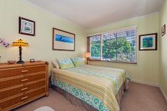 Lanikai-Treehouse-1-2-Bedroom-Bedroom