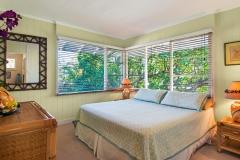 Lanikai-Treehouse-1-2-Bedroom-Bedroom2