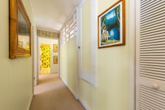 Lanikai-Treehouse-1-2-Bedroom-Hallway