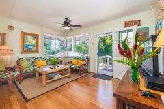 Lanikai-Treehouse-1-2-Bedroom-LIving-Room4