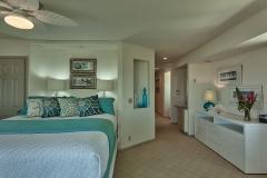 Guest Room 2 - 3
